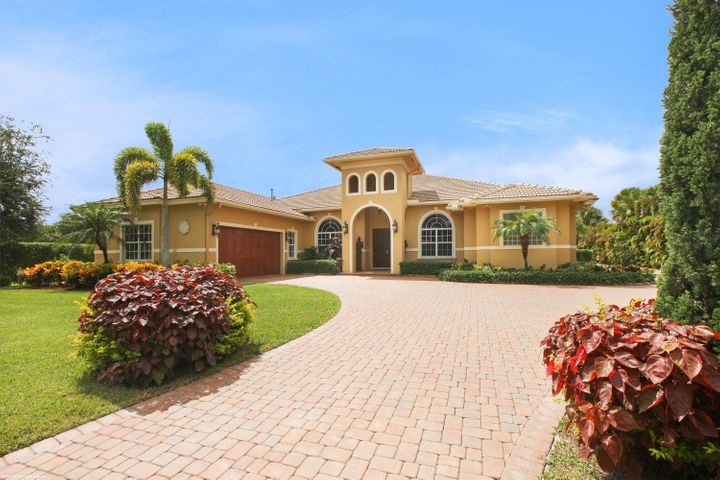 9054 Kendale Court, Lake Worth, FL 33467
