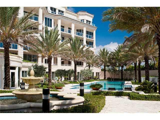 3000 S Ocean Boulevard, 402, Palm Beach, FL 33480