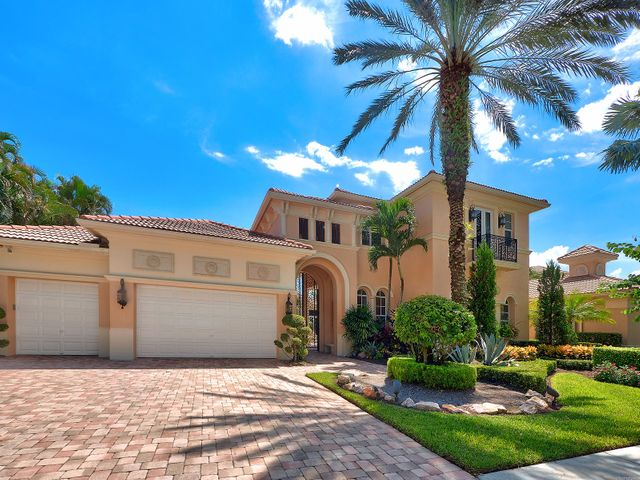 121 Grand Palm Way, Palm Beach Gardens, FL 33418