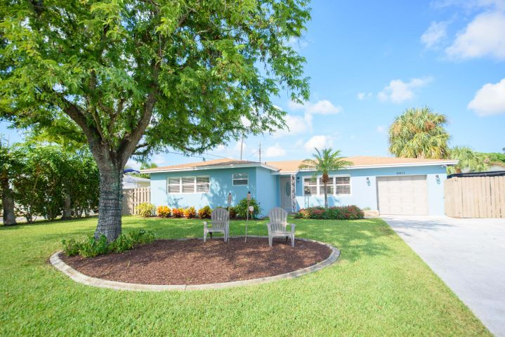 6611 Lake Clarke Drive, West Palm Beach, FL 33406