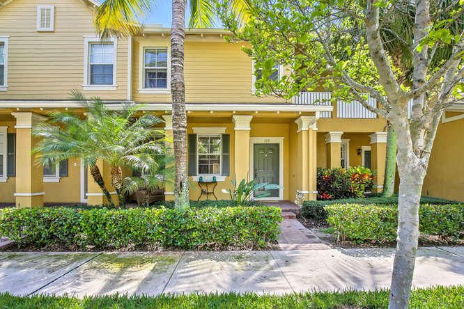 Lovely active community with plenty of sidewalks and trails
