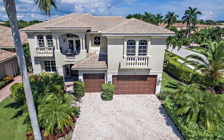 517 Les Jardin Drive, Palm Beach Gardens, FL 33410
