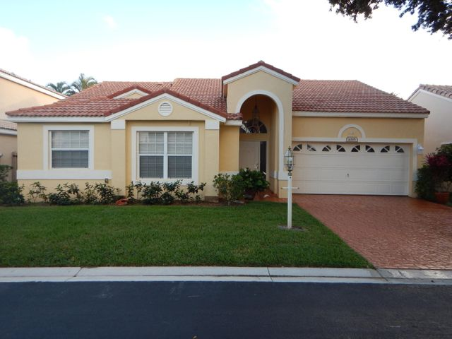 1095 Roble Way, Palm Beach Gardens, FL 33410