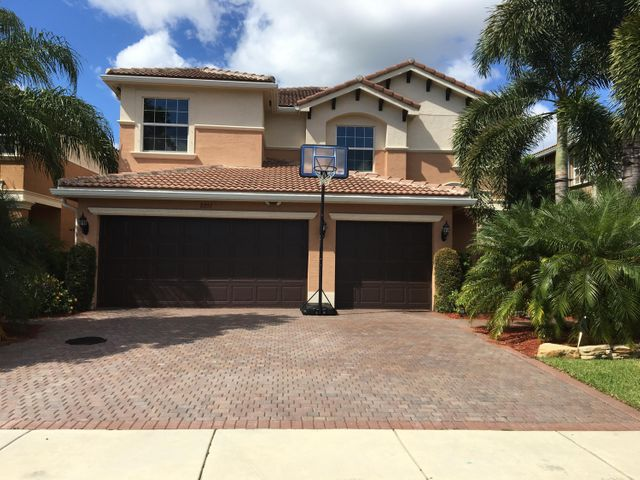 8351 Emerald Winds Circle, Boynton Beach, FL 33473