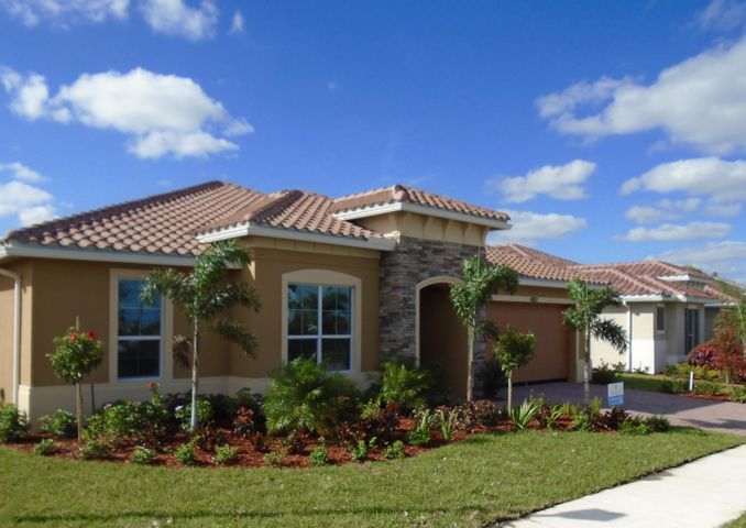 11182 SW Maple Tree Lane, Port Saint Lucie, FL 34987