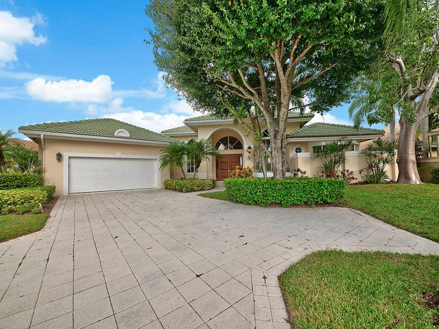 20 St. James Drive, Palm Beach Gardens, FL 33418