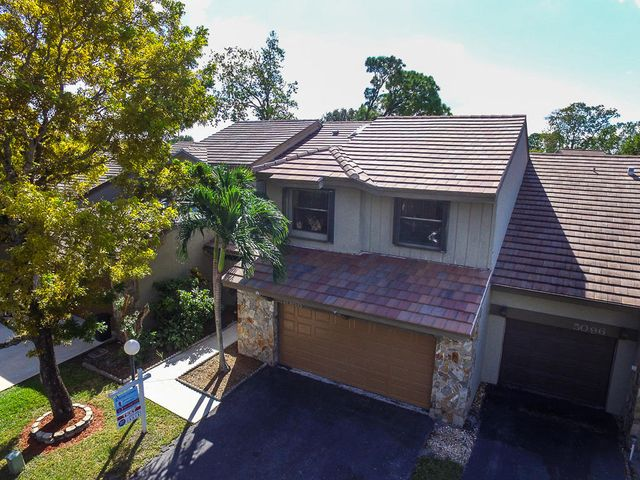 5088 Thyme Drive, Palm Beach Gardens, FL 33418
