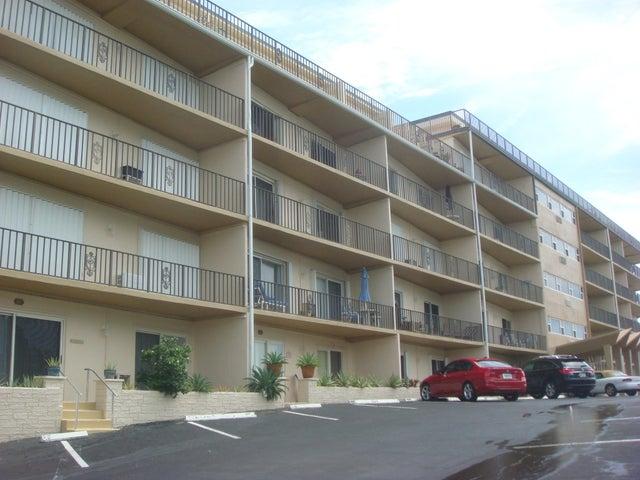 3030 S Ocean Boulevard, 103, Palm Beach, FL 33480