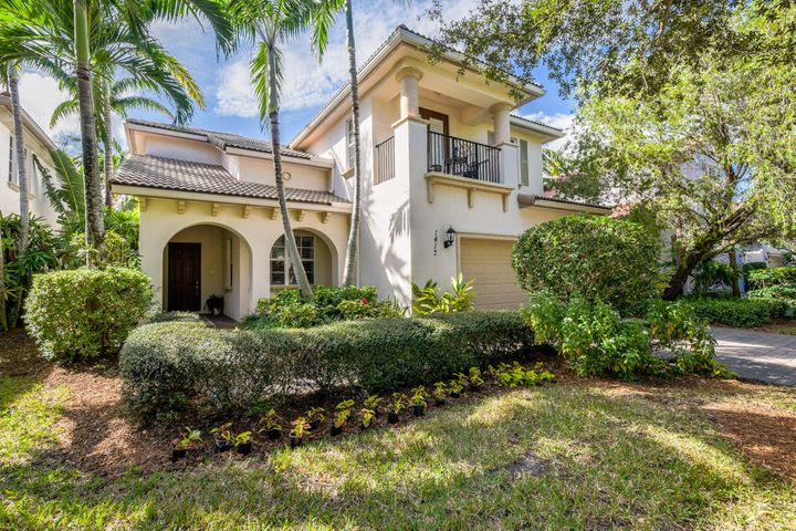 1417 Barlow Court, Palm Beach Gardens, FL 33410