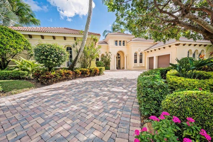 206 Grand Pointe Drive, Palm Beach Gardens, FL 33418