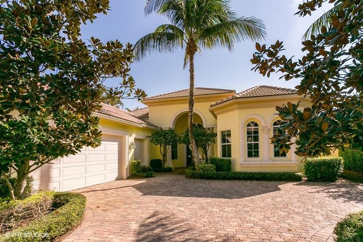 214 Coconut Key Drive, Palm Beach Gardens, FL 33418