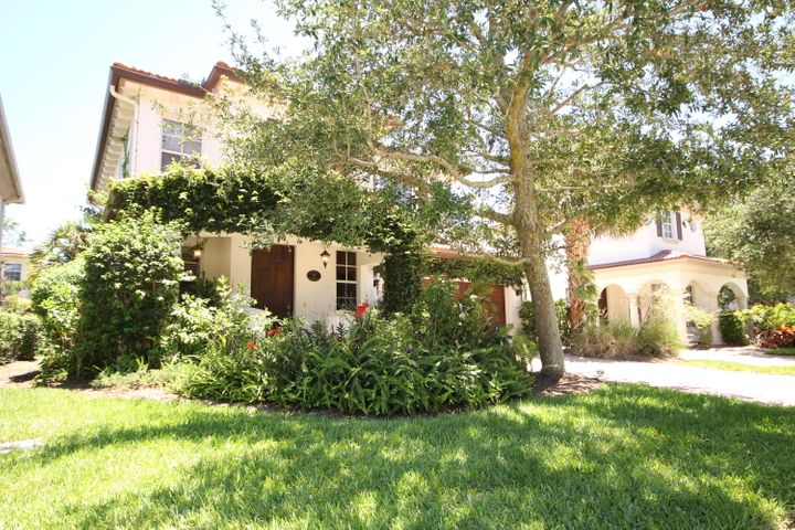 380 Columbus Street, Palm Beach Gardens, FL 33410