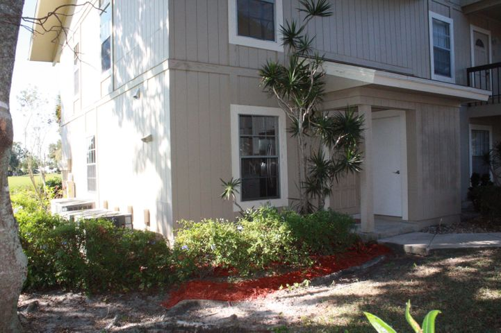 18520 SE Wood Haven Lane, G, Tequesta, FL 33469