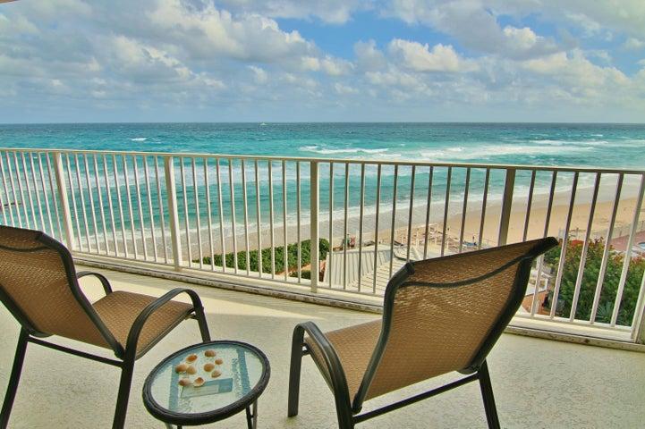 Fabulous views, spacious balcony