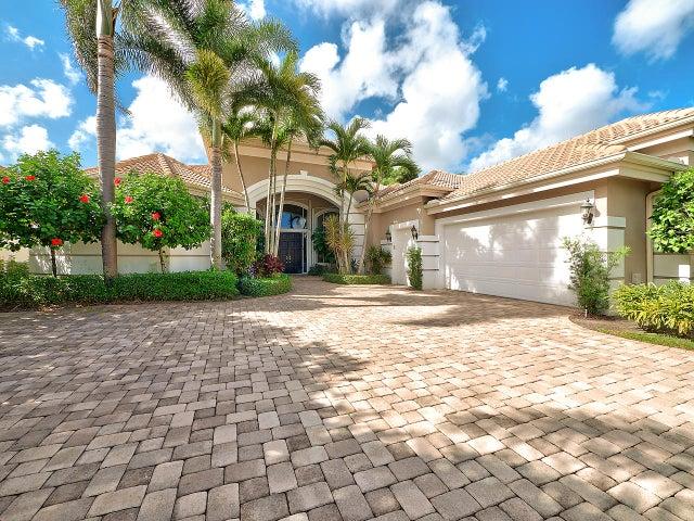127 Saint Martin Drive, Palm Beach Gardens, FL 33418