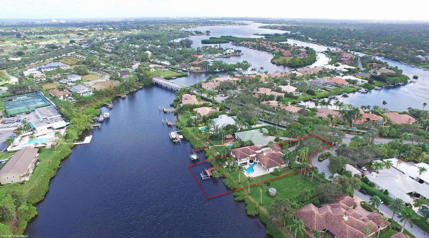 18719 SE Palm Island Lane, Jupiter, FL 33458