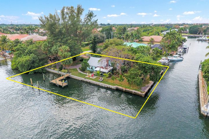 2179 Canal Road, Palm Beach Gardens, FL 33410