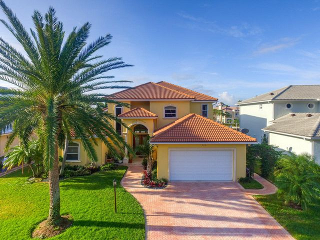 725 Harbour Point Drive, North Palm Beach, FL 33410
