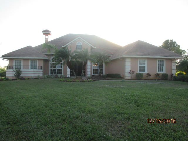 12211 Riverbend Court, Port Saint Lucie, FL 34984