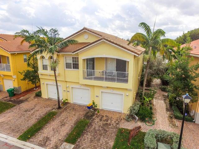 1808 Sonrisa Street, West Palm Beach, FL 33404