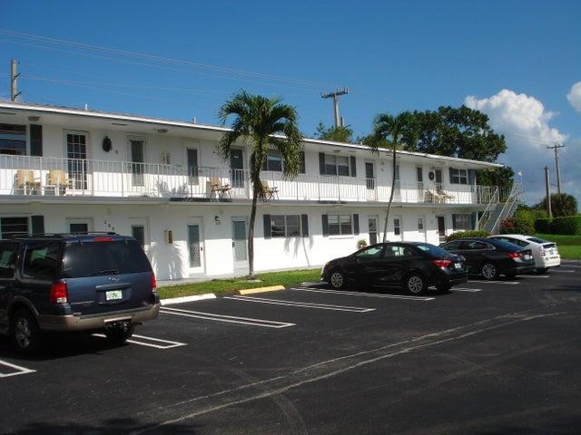 1111 Lake Terrace, 211, Boynton Beach, FL 33426