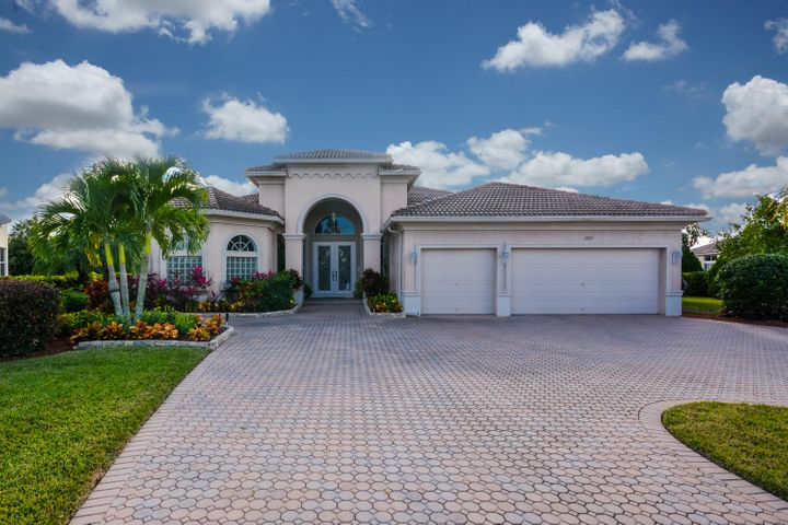 2927 E Fontana Court, Royal Palm Beach, FL 33411