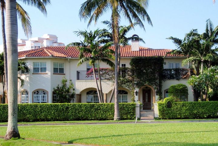 1025 N Flagler Drive, West Palm Beach, FL 33401