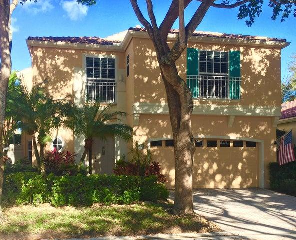 10 Via Sorrento, Palm Beach Gardens, FL 33418
