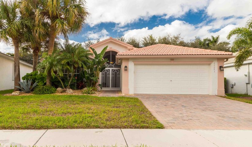 11171 Mandalay Way, Boynton Beach, FL 33437