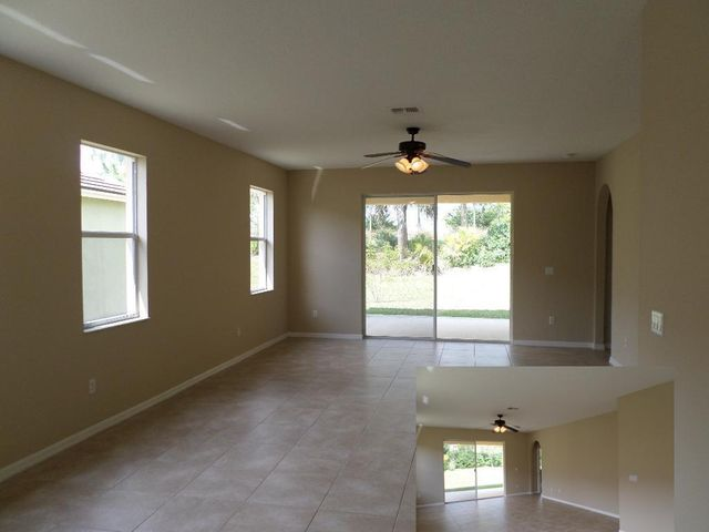 9606 SW Flowermoud Circle, Port Saint Lucie, FL 34987