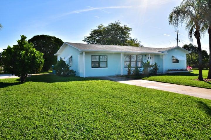 818 NW 4 Street, Boynton Beach, FL 33435