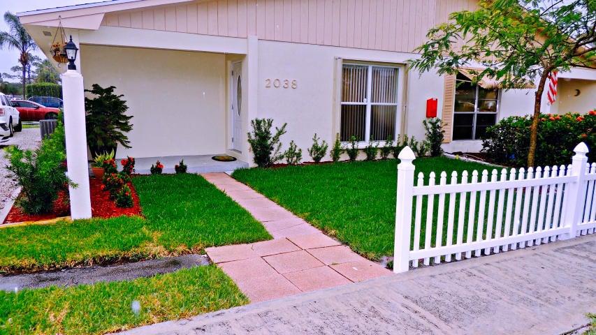2038 Sherwood Forest Boulevard, West Palm Beach, FL 33415