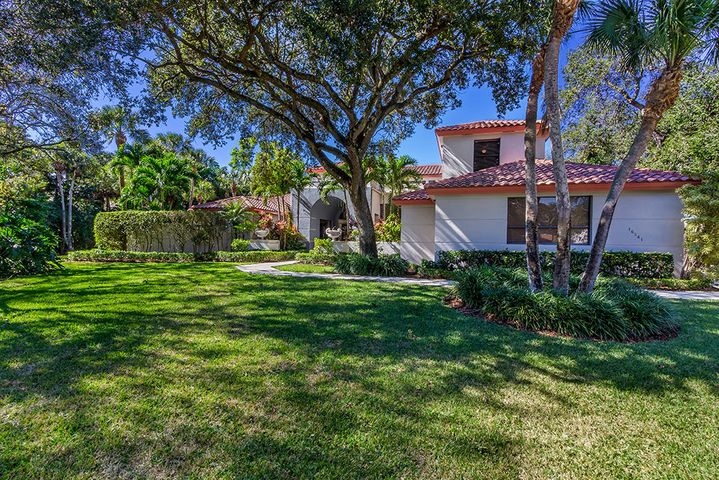 16241 Bridlewood Circle, Delray Beach, FL 33445