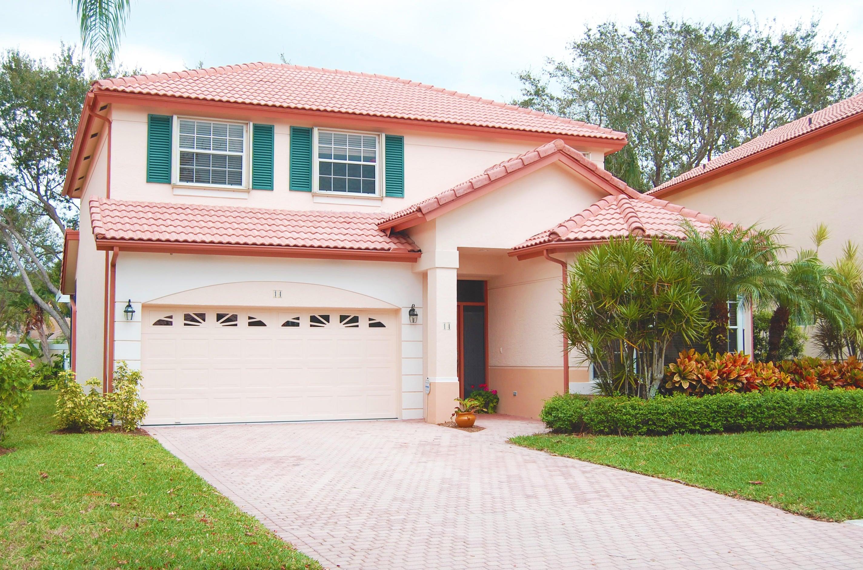 14 Porta Vista Circle, Palm Beach Gardens, FL 33418
