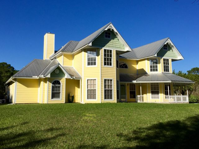 1860 SW Belgrave Terrace, Stuart, FL 34997