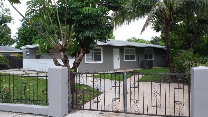 3441 NW 1st Street, Lauderhill, FL 33311