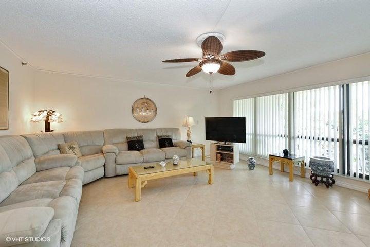 4001 N Ocean Boulevard, 207, Boca Raton, FL 33431