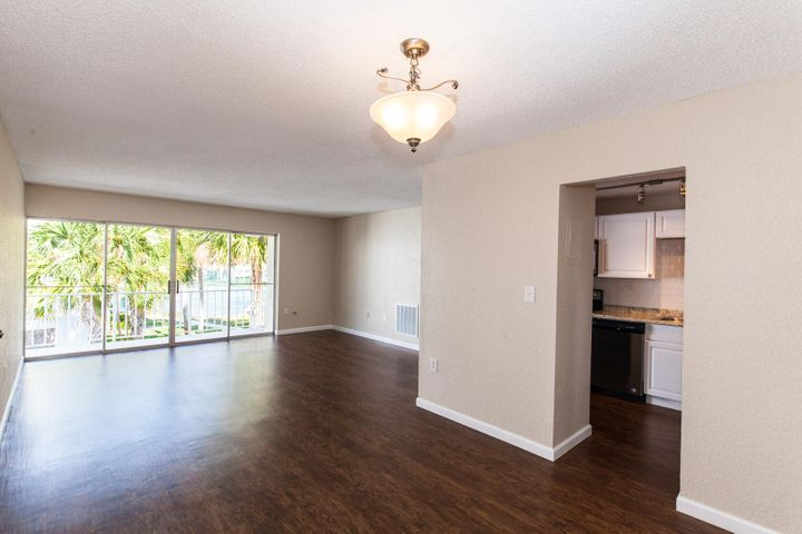 415 Executive Center Drive, 201, West Palm Beach, FL 33401