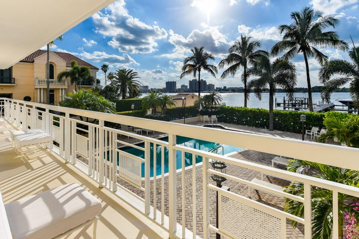 250 Bradley Place, 208, Palm Beach, FL 33480
