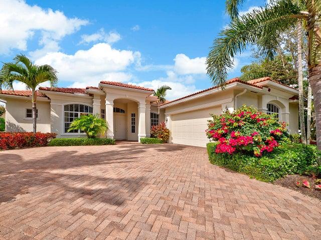 103 Chasewood Circle, Palm Beach Gardens, FL 33418