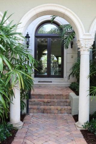 114 Hammon Avenue, Palm Beach, FL 33480
