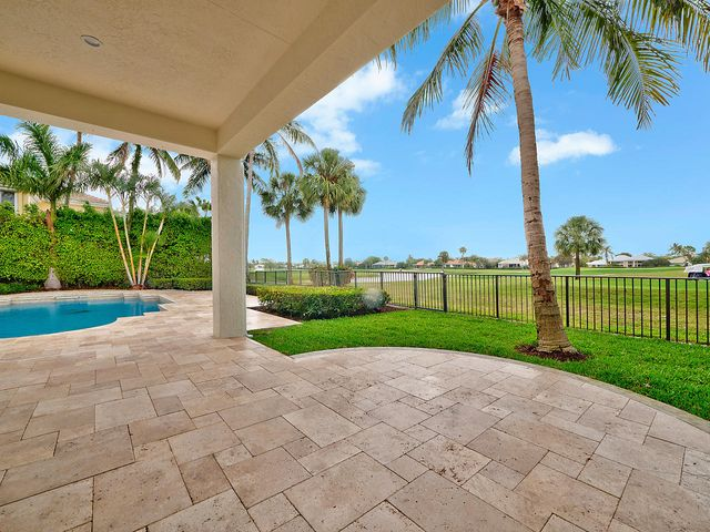 51 Saint George Place, Palm Beach Gardens, FL 33418