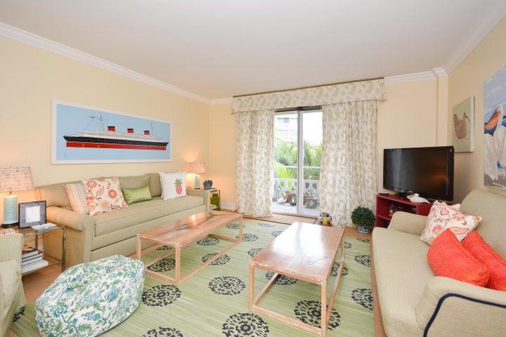 139 Sunrise Avenue, 302, Palm Beach, FL 33480