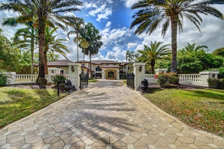 17600 Fieldbrook Circle E, Boca Raton, FL 33496