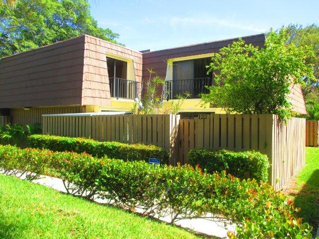 122 1st Court, Palm Beach Gardens, FL 33410