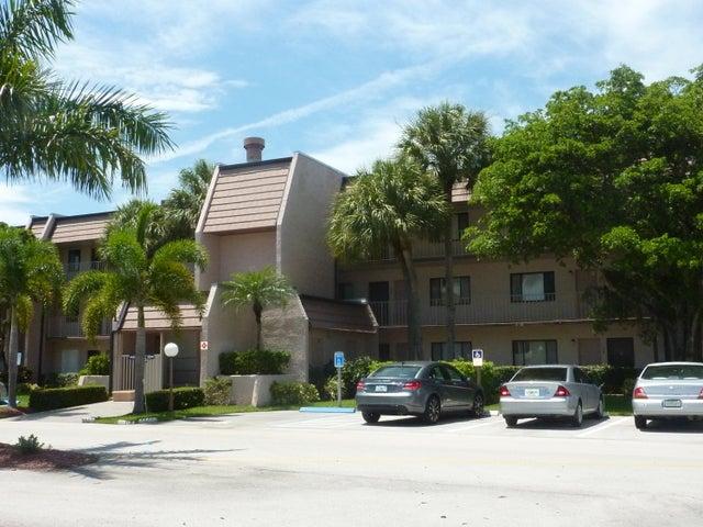 4793 Esedra Court, 204, Lake Worth, FL 33467