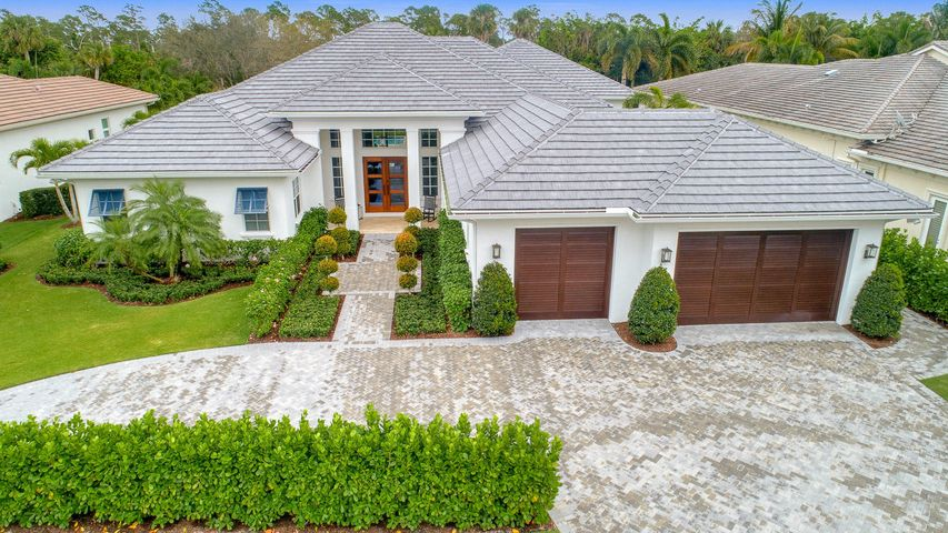 657 Hermitage Circle, Palm Beach Gardens, FL 33410