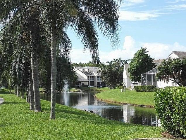 229 N Lakeshore Drive, Hypoluxo, FL 33462