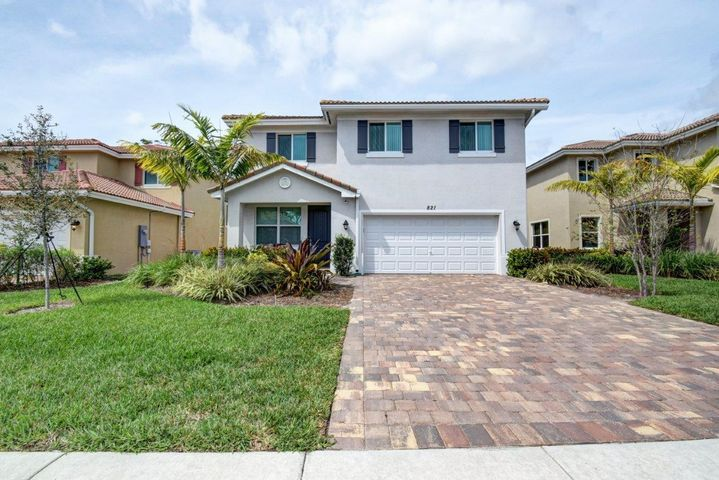 821 Palm Tree Lane, West Palm Beach, FL 33415