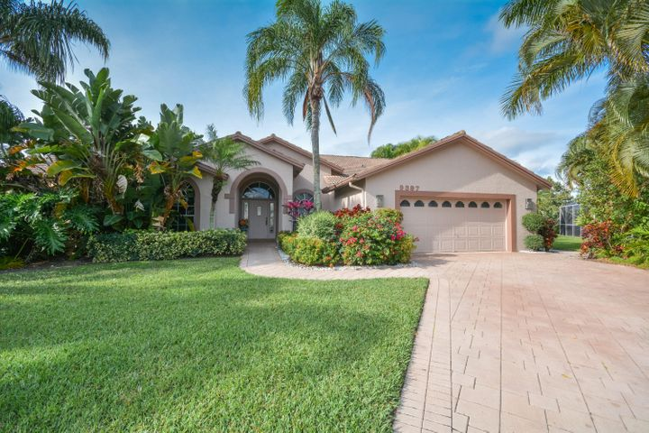 9397 Lakeside Lane, Boynton Beach, FL 33437